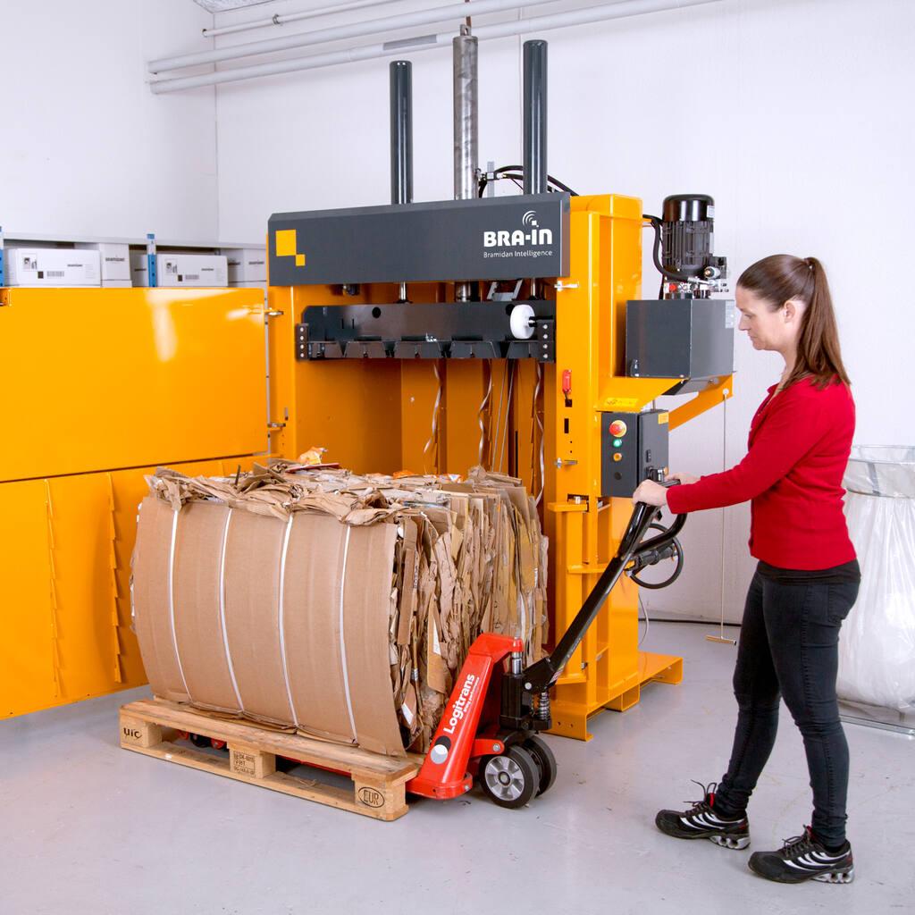 No3-Bramidan-B20-pull-cardboard-bale-1500x1500.jpg
