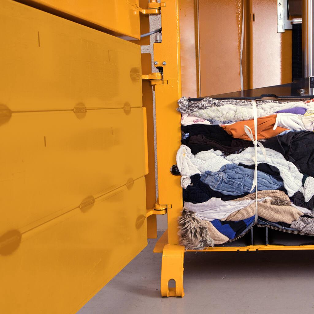 No4-Bramidan-B4-Textile-no-retainers-1500x1500.jpg
