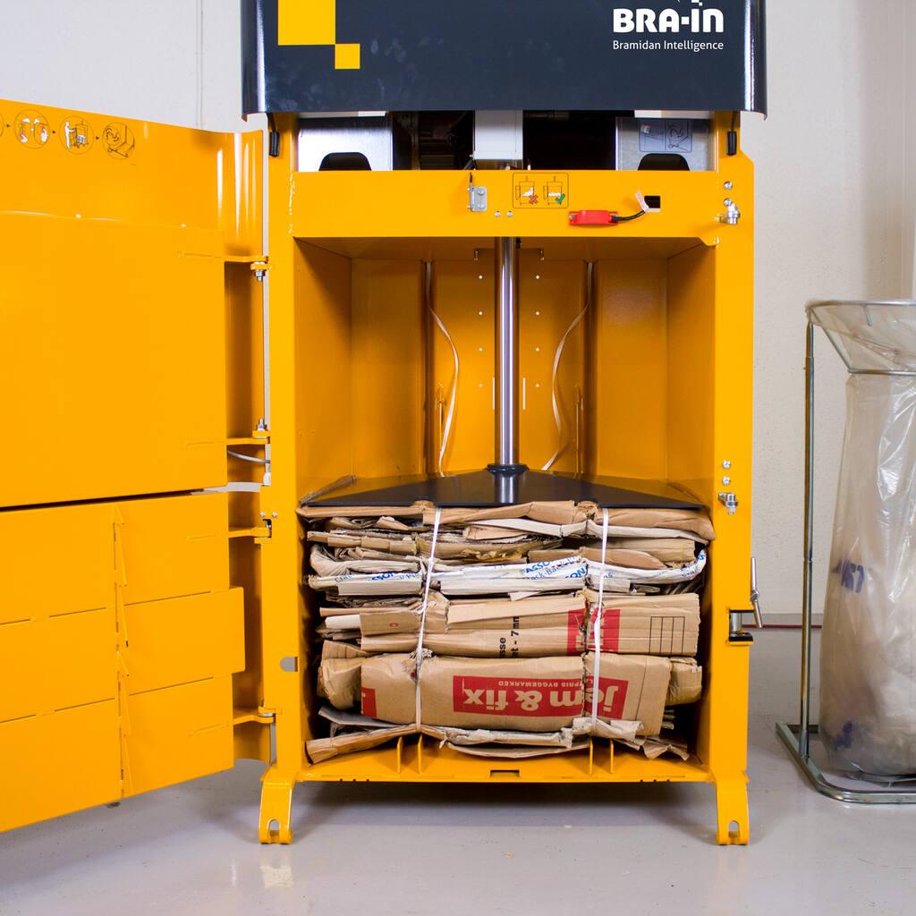 No2-Bramidan-B3-cardboard-bale-ready-img-3736-1500x1500.jpg
