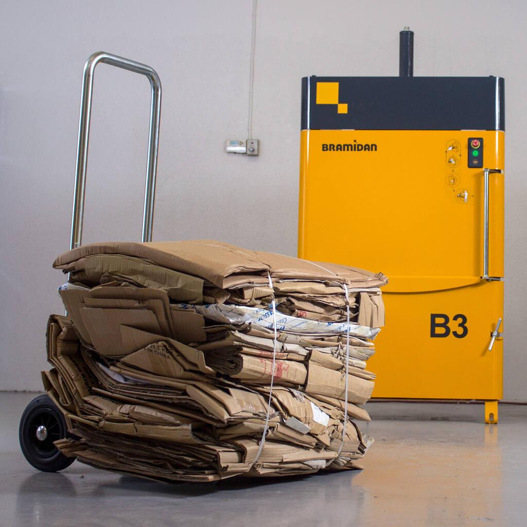 No8-Bramidan-B3-cardboard-bale-and-machine-img-3752-1500x1500.jpg