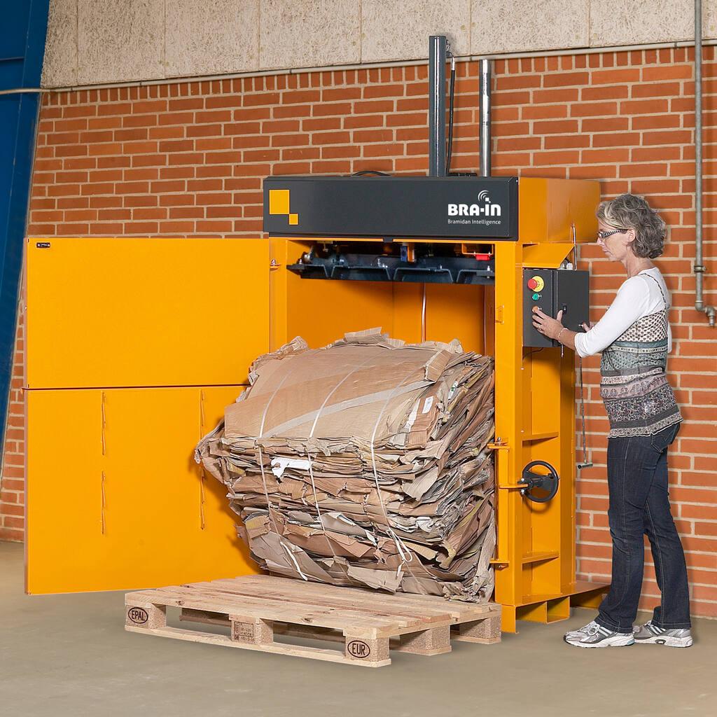 No7-Bramidan-B5-Wide-eject-cardboard-bale-1500x1500.jpg