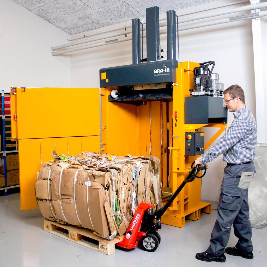 No2-Bramidan-B50-pull-cardboard-bale-1500x1500.jpg