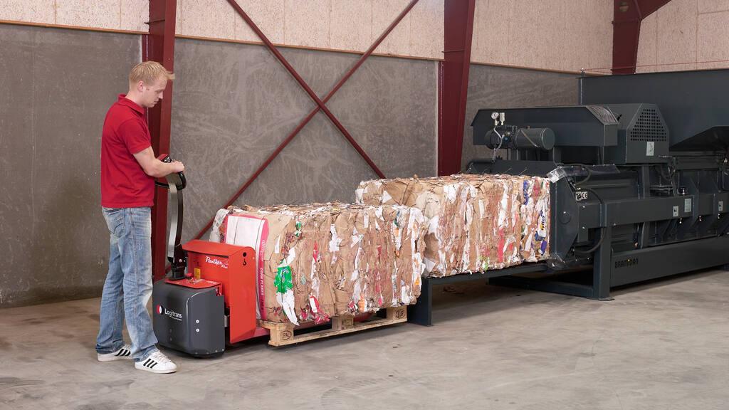 No4-Bramidan-Presto-HCA-HC30-pull-cardboard-bale-1600x900.jpg