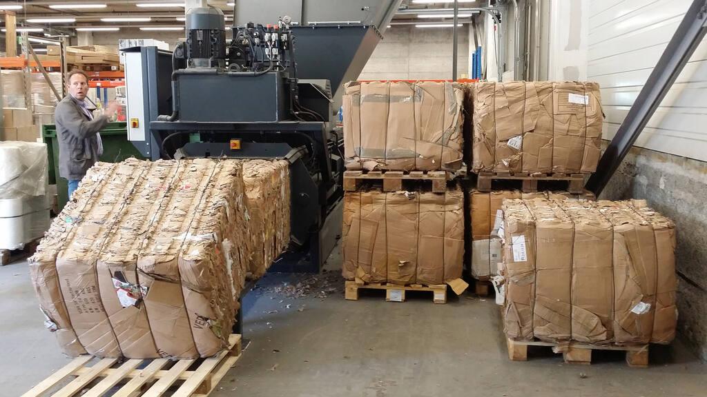 No8-Bramidan-Presto-HC30-350-kg-bales-1600x900.jpg