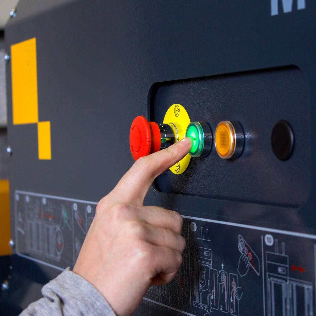 No7-Bramidan-MC4-control-panel-img-3693-1500x1500.jpg