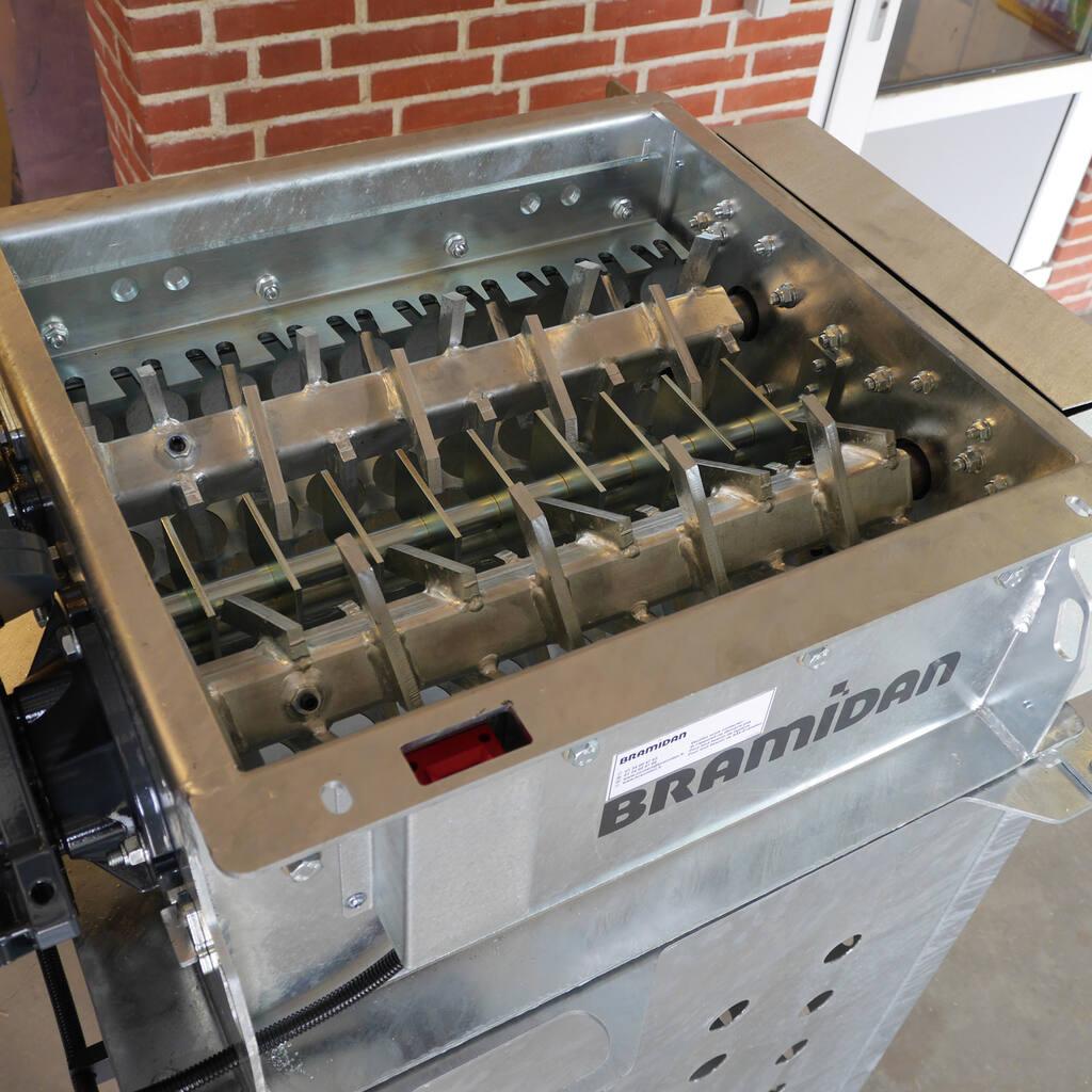 No5-Bramidan-EPS-Granulator-Galv-two-shaft-rotors-1500x1500.jpg
