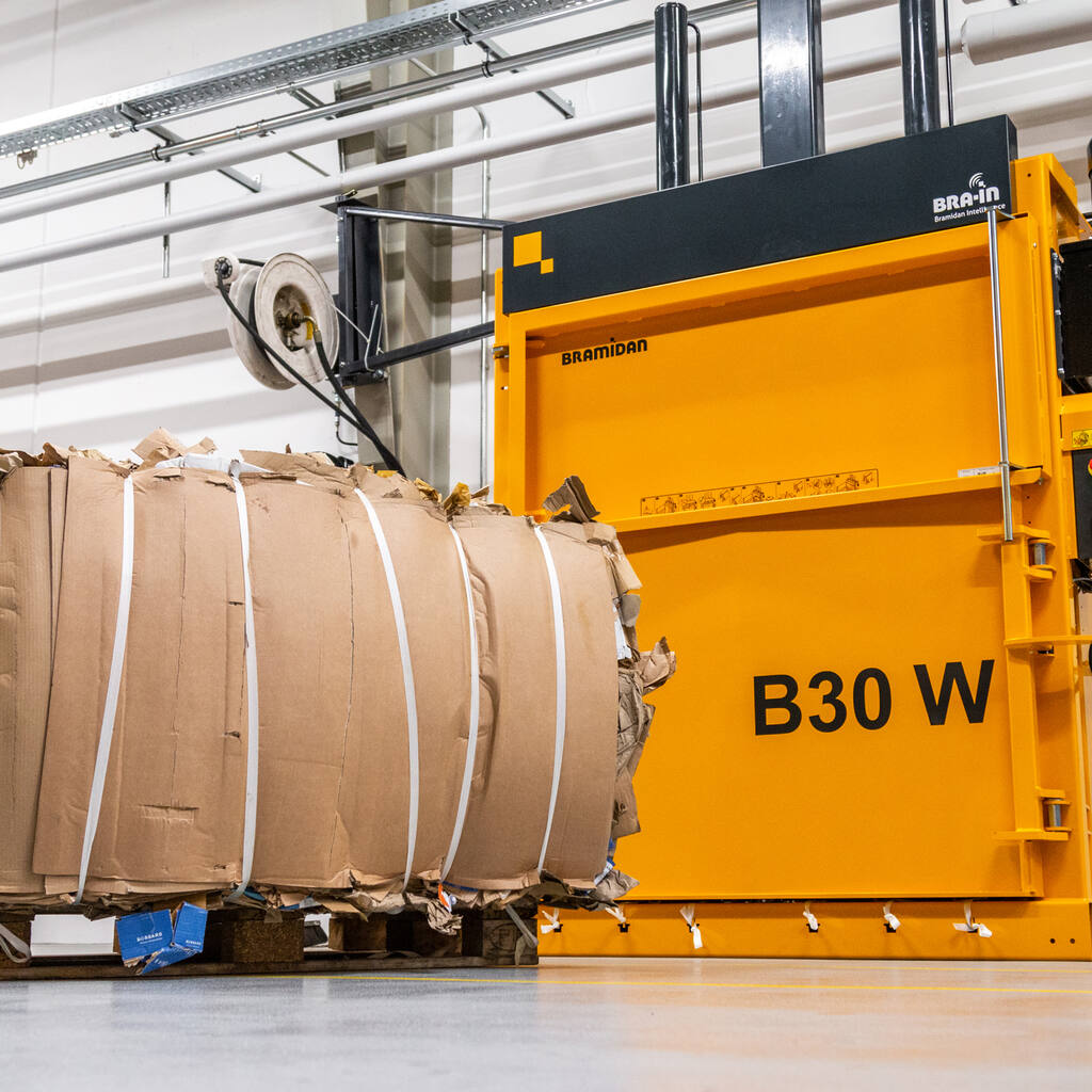 No4-B30-Wide-baler-with-cardboard-bale-in-front-1500x1500.jpg